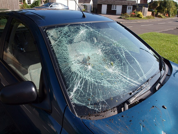 What to do if the windscreen shatters