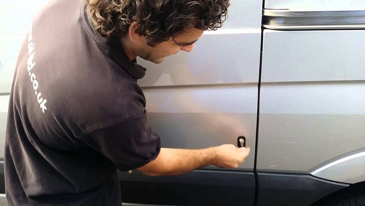 How to Fitting vehicle deadlocks and Working